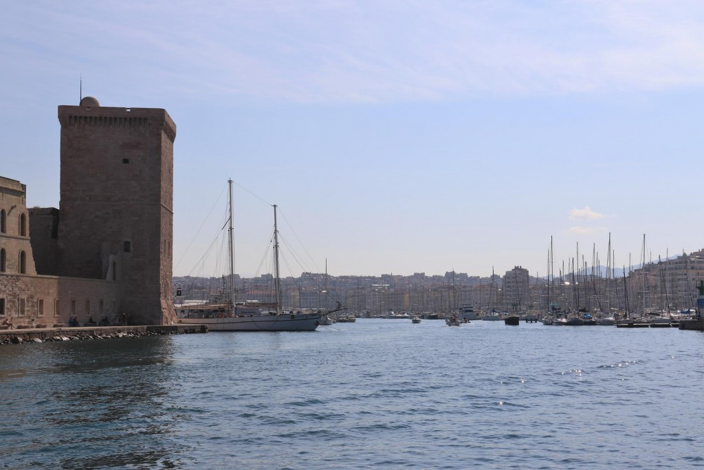 We approach the entrance to Vieux Port which was a natural calanque