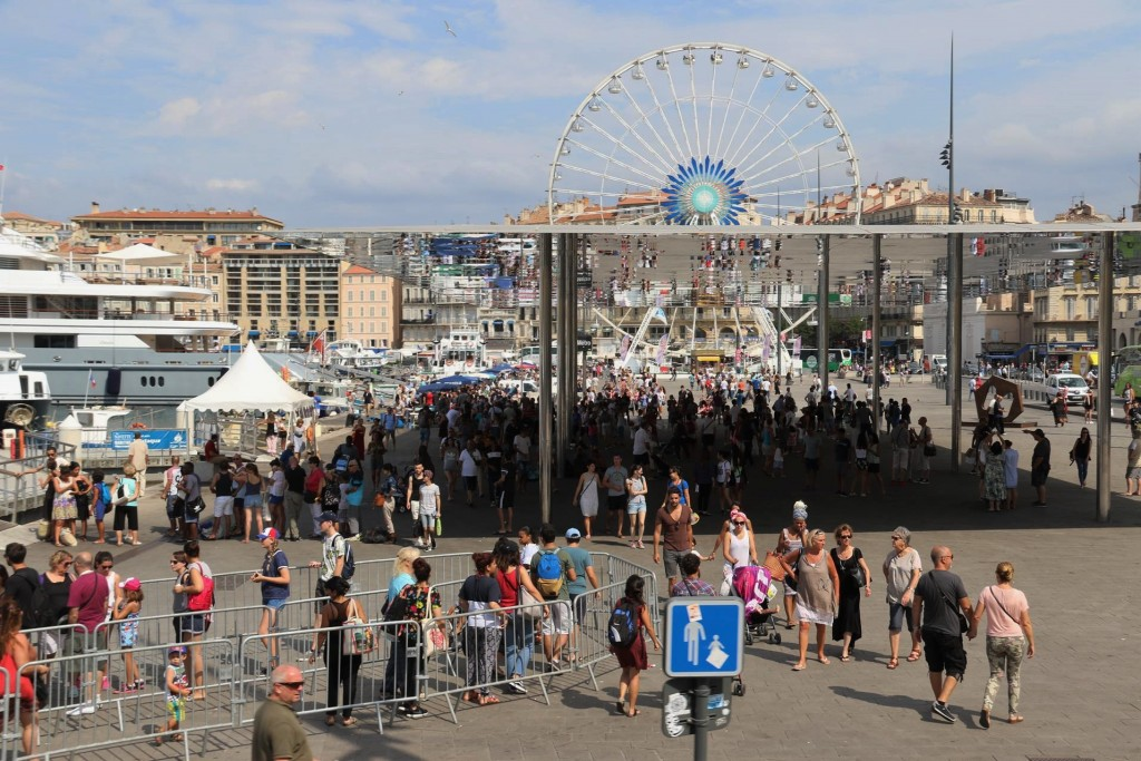 There always seems to be crowds of people around harbour in Marseille