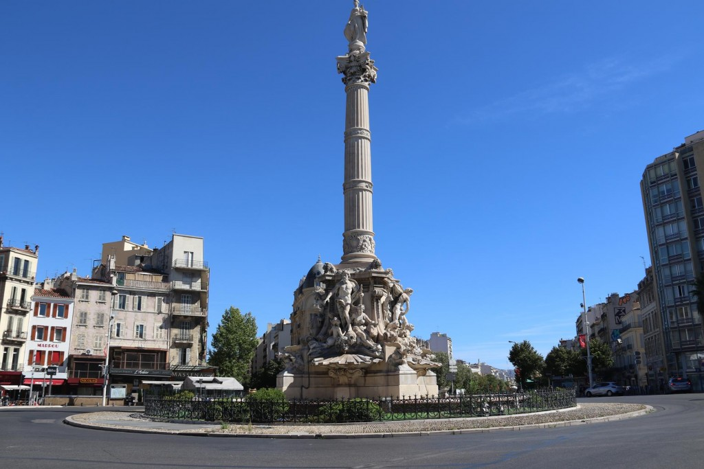 We reach the magnificent fountain of Castellane Square