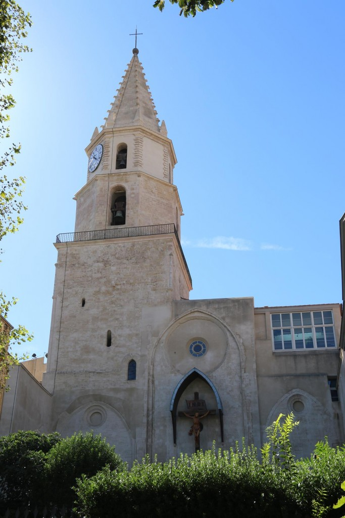 There is no shortage of old churches to visit while visiting Marseille