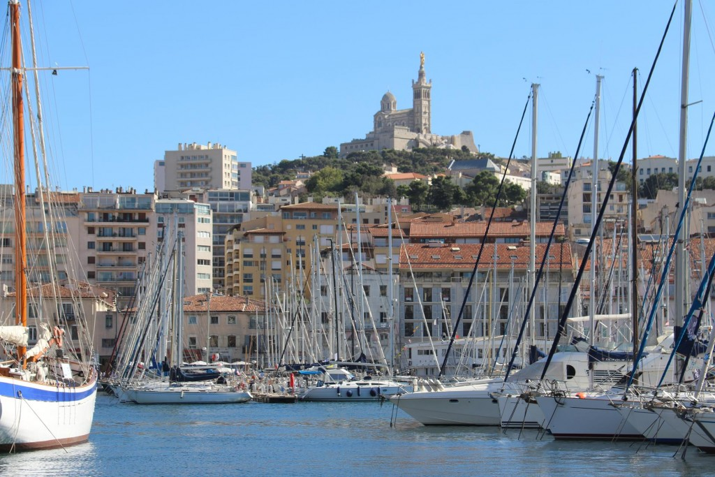 After a long day of riding around Marseille and visiting many sights we return to the Tangaroa for a very quiet night