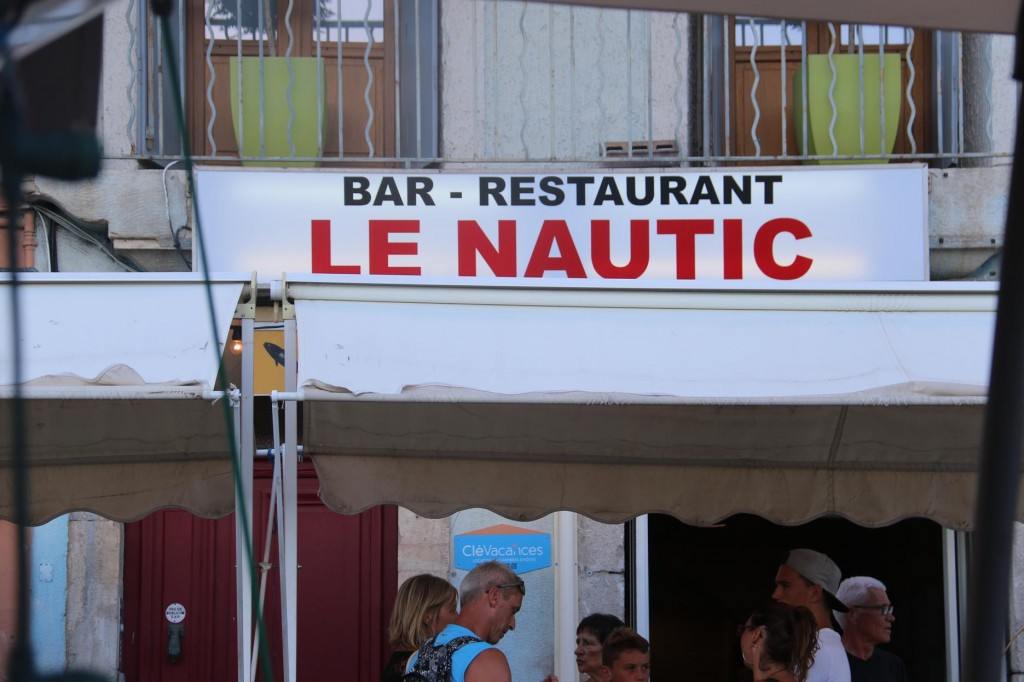 While doing some retail therapy in town we were told about a popular little restaurant called Le Nautic
