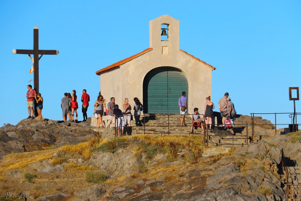 At the end of the breakwater Chapelle St Vincent is a very popular spot to visit