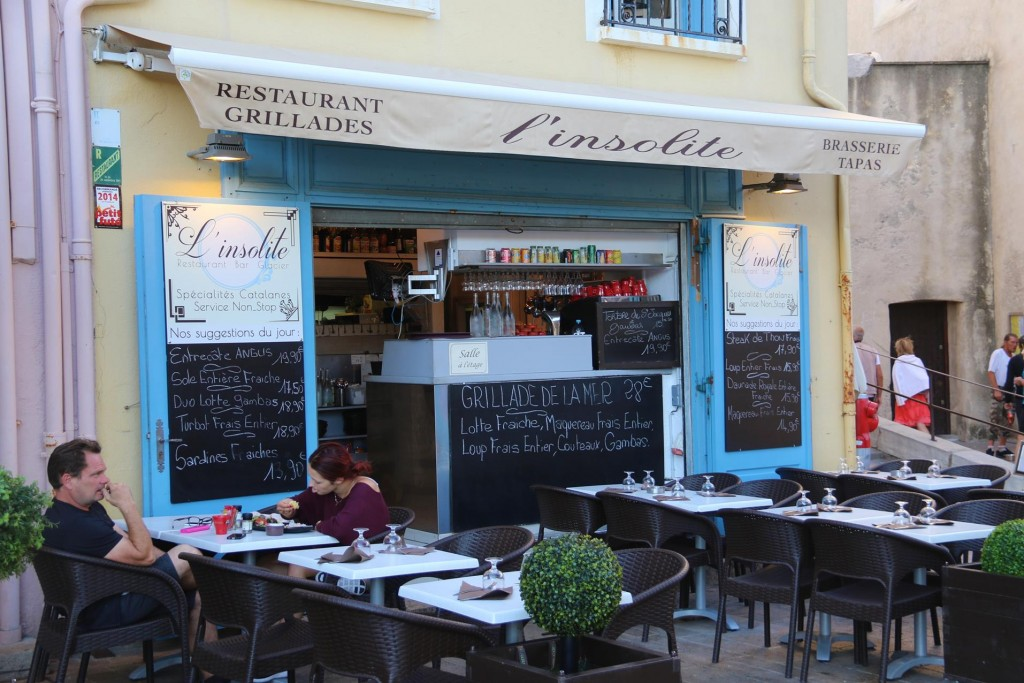 Tonight we opt for an early dinner at L'Insolite