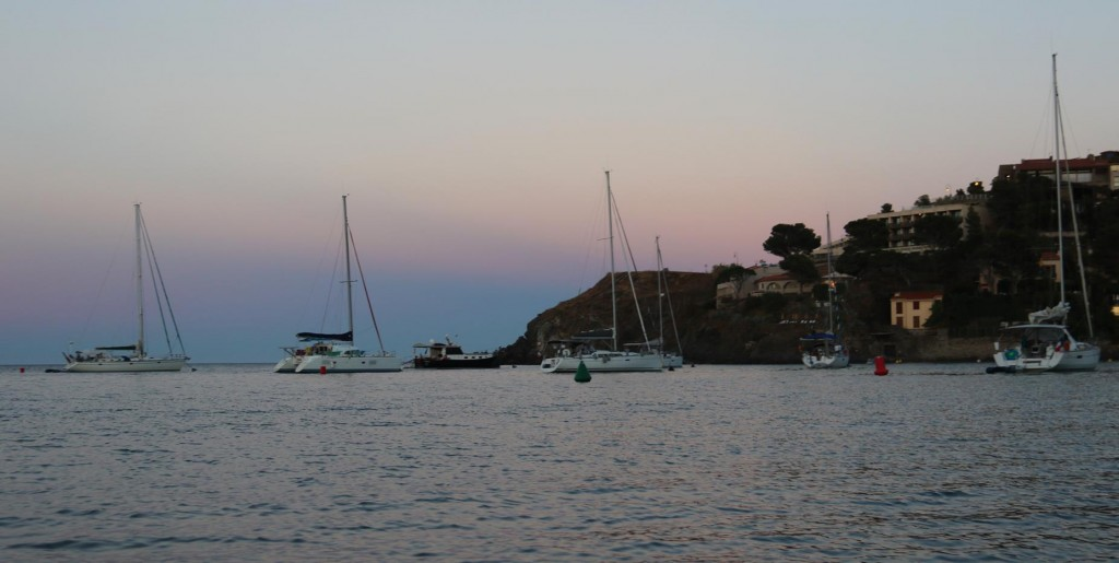 As the sun disappears we head back to the Tangaroa