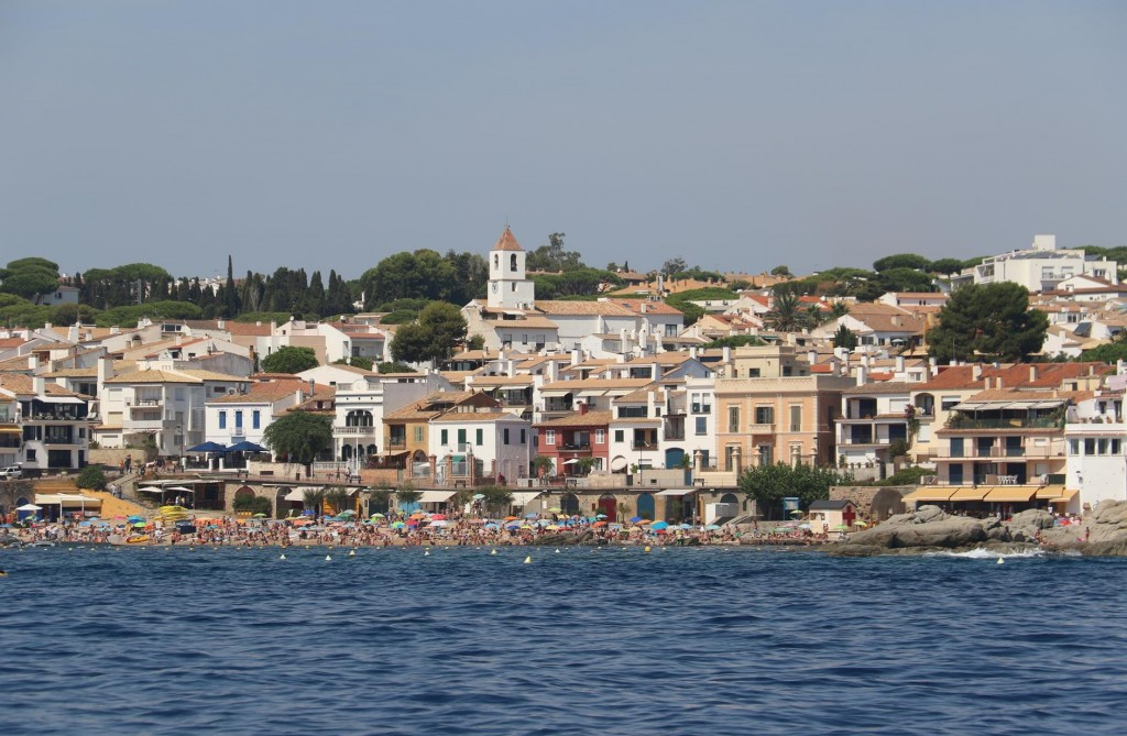 Nearby is the tourist resort of area of Calella de Palafrugell