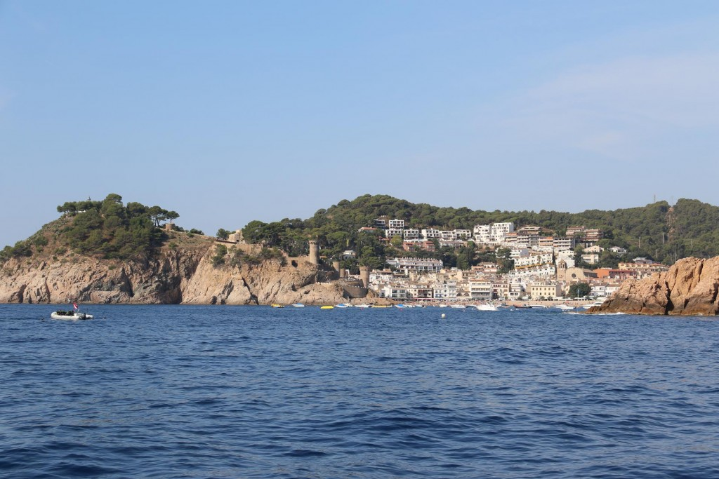 We approach Tossa de Mar where we were planning to anchor and stay overnight