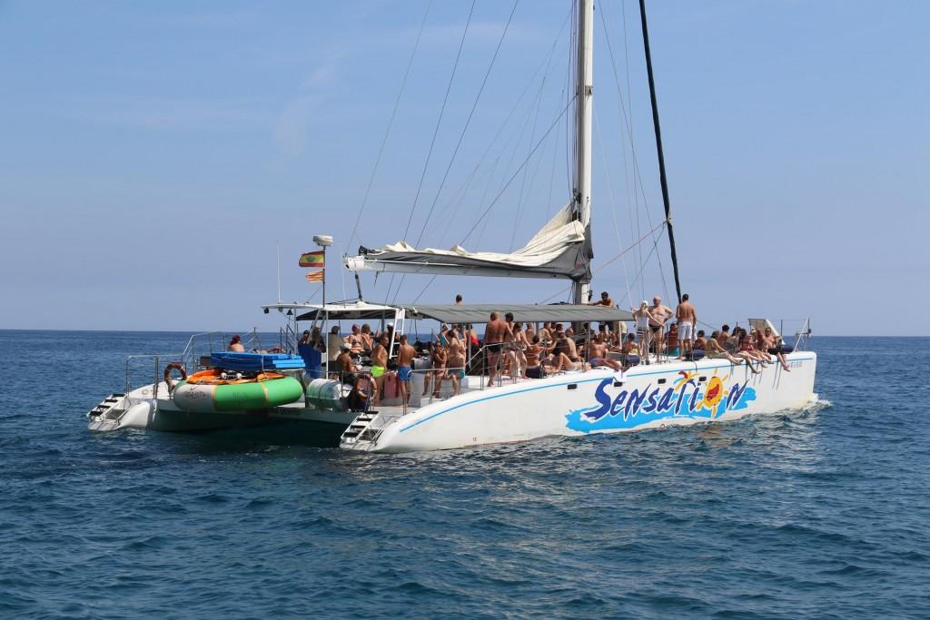 The popular catamaran, Sensation, day tripper cruise already in full swing