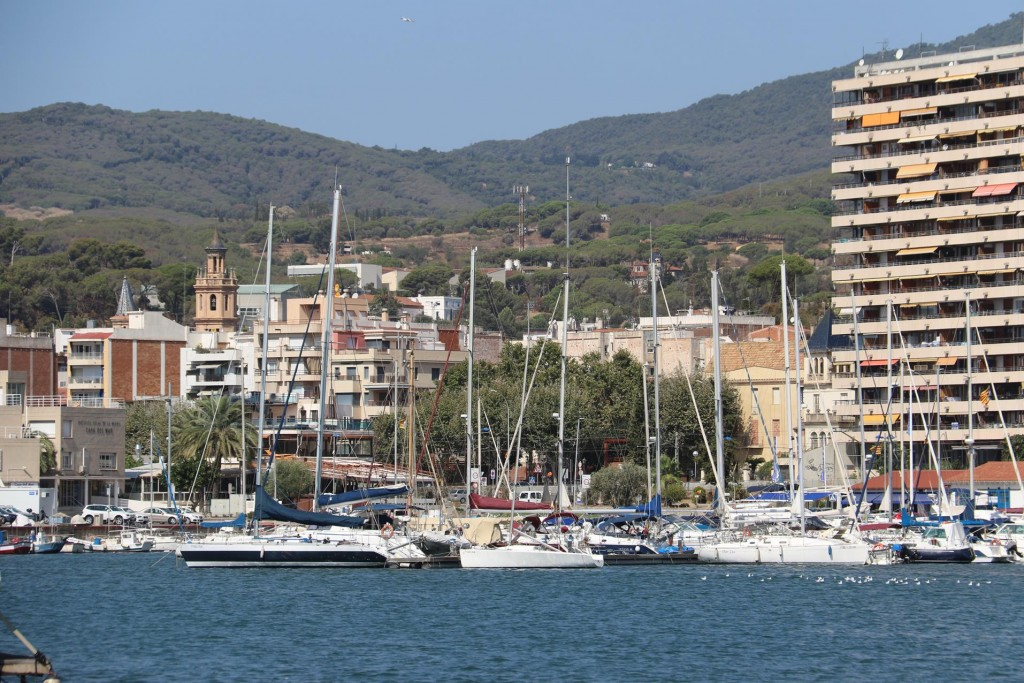 Arenys de Mar with a population of only around 15,500 depend mostly on fishing and related industry