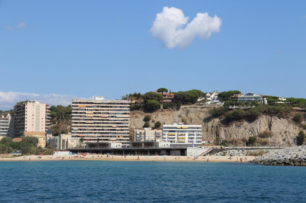 Arenys de Mar has quite lovely wide beaches and the nearby hotels are very popular during the summer months