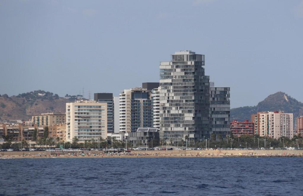 Luxury apartment blocks are numerous around the Parc de Forum area