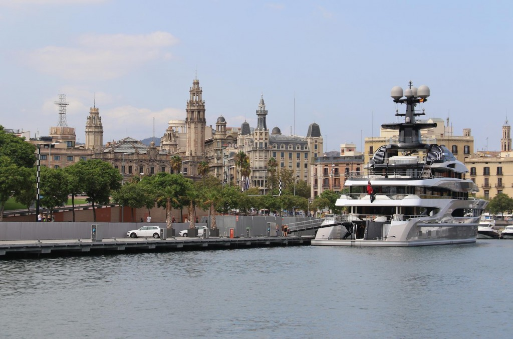 The marina is located in the heart of Barcelona with many of the main sights within walking distance