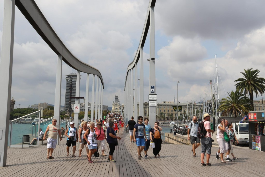 We head around Maremagnum to the Rambla de Mar, the walkway across the water